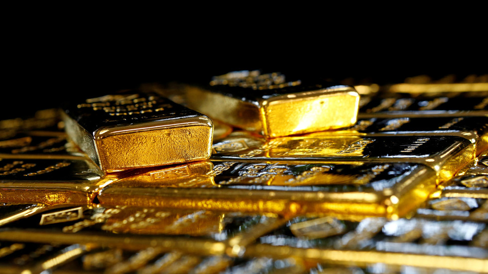 Gold & silver rally over weaker US dollar as Fed's money printing goes into overdrive